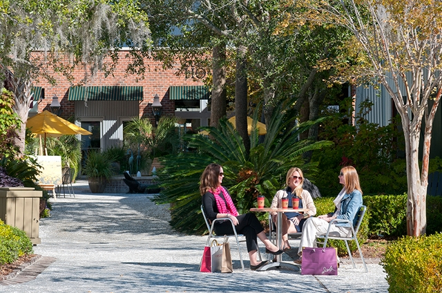 local and convenient shopping center on Kiawah Island at Freshfields Village